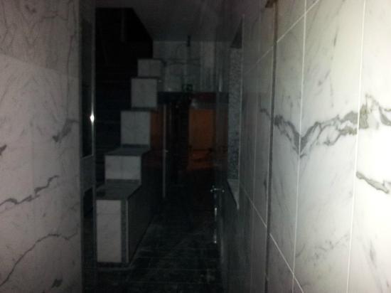 Hotel Koenig: Eingangsbereich des