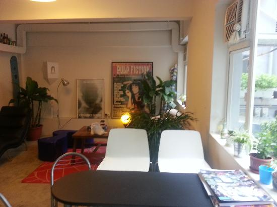 Hop Inn: Common Room