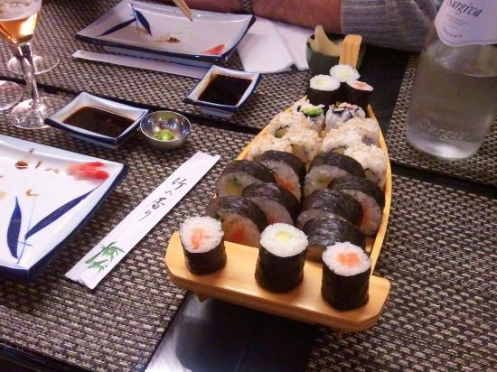Sushi Zenzero 2 Take Away 5 Terre: barchetta