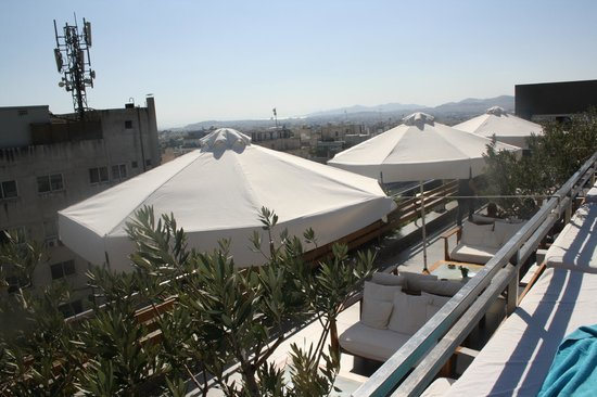 Fresh Hotel:                   vista desde piscina