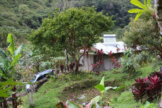هوتل كويليتاليس: Außenansicht des Bungalows von der Eingangsseite 