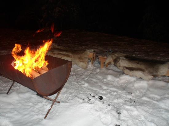 Lapland Hotel Pallas: bonfire