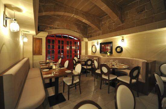 Commando Restaurant