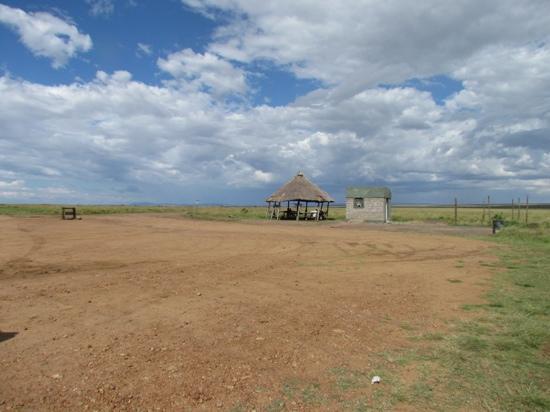 Naibor Camp: Departure lounge, Masai Mara