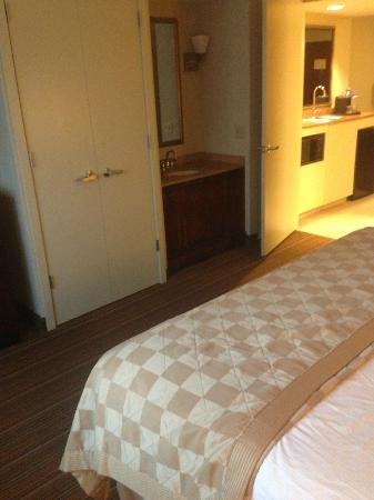 Embassy Suites by Hilton Parsippany : Clean room