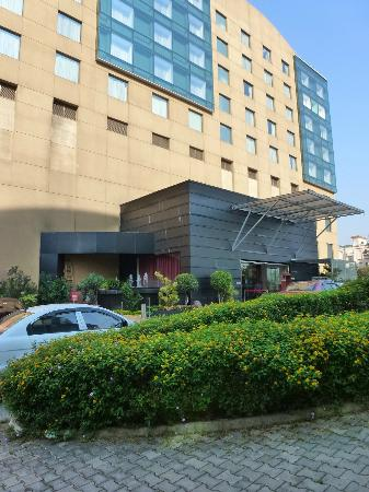 Royal Orchid Central Pune: Eingangsbereich