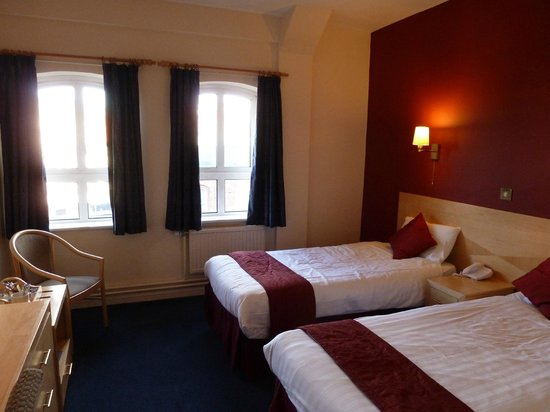 The Castlefield Hotel: room
