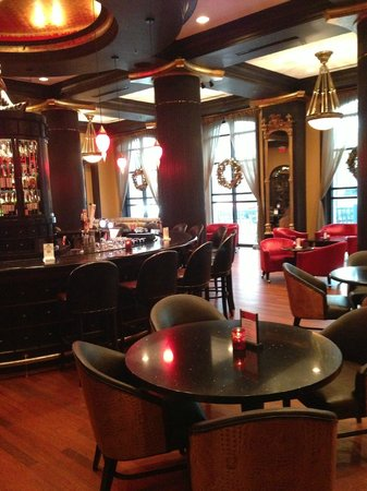 Grand Bohemian Hotel Orlando, Autograph Collection : Bar Area