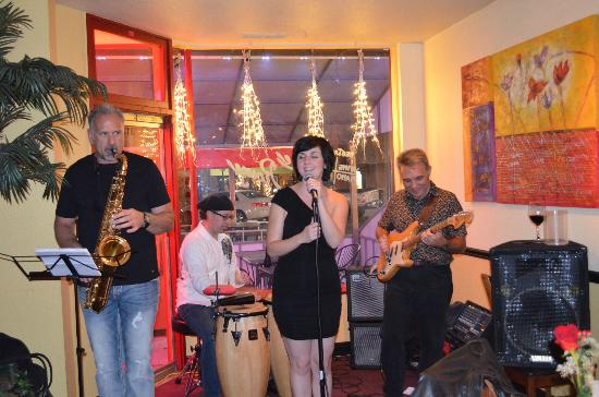 Le Rouge Restaurant: One of our favorite local jazz groups