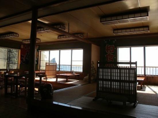 Kamo-gun, Japan: 磯料理 いそ船店内