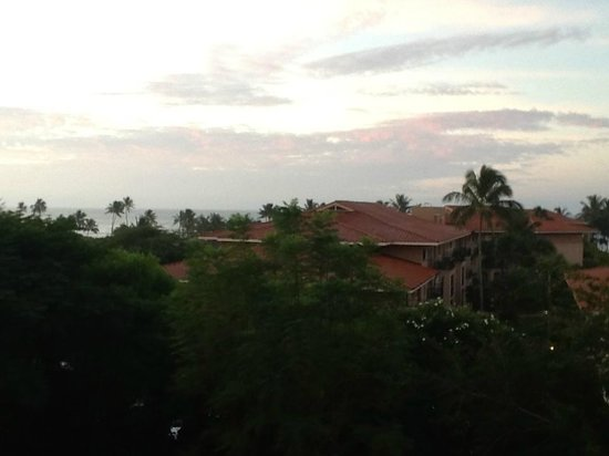 Kiahuna Plantation Resort: View from the balcony