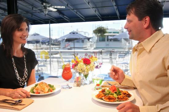 Pier 49 Seafood & Spirits: Couple Dining at Pier 49