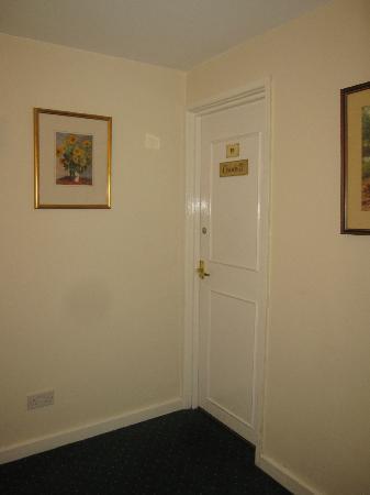 Mill House Hotel: door of the suite room 