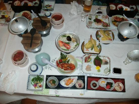 Ryugujo Hotel Mikazuki: 和食の内容