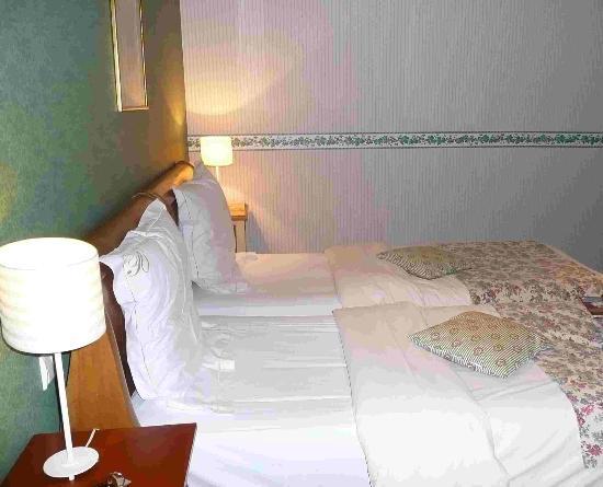 Les Pres d'Ondine: Très jolie chambre