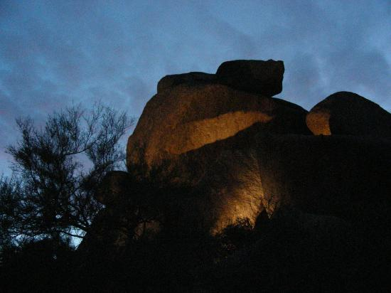 Boulders Resort & Spa, Curio Collection by Hilton: Evening