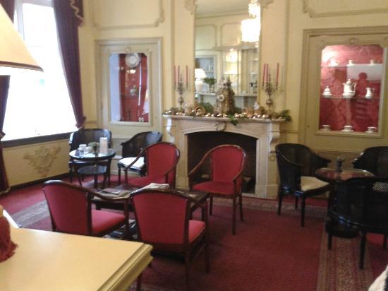 Hans Memling Hotel: Bar