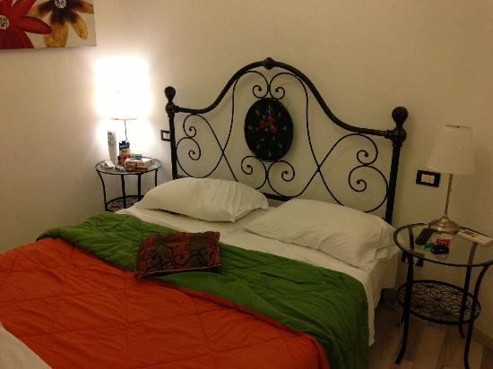 55 Inn: Room