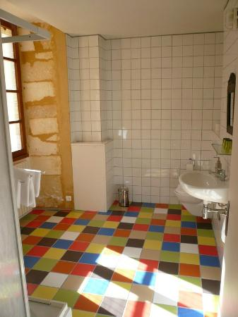 Ancienne Gendarmerie : Bathroom Pivoine