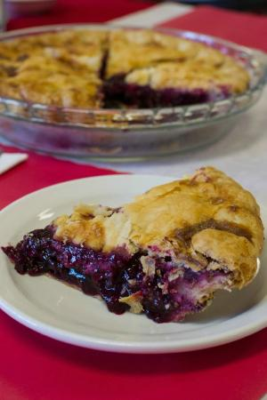 Centerville Pie Co.: Blueberry Pie