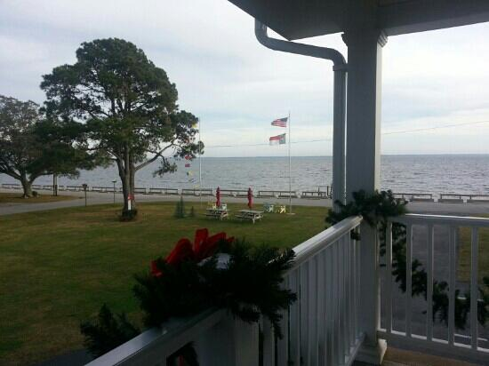 River Neuse Suites: view from my door.