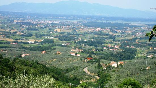 Agriturismo La Gioconda: vue sur la vallée.