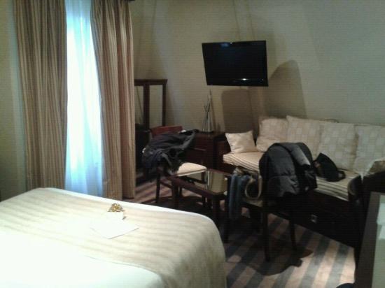 Suite - Picture Of Grand Hotel Francais  Paris