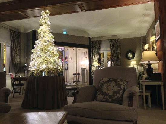 Hotel Claridge: hall d'entrée plein de charme