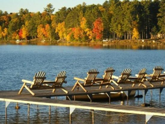 Cedaroma Lodge: Eye candy everywhere this last fall