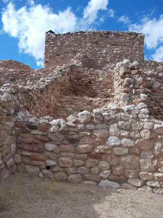 Tuzigoot National Monument: ruins