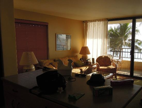 Sugar Beach Resort: living room from kitchen - unit 413