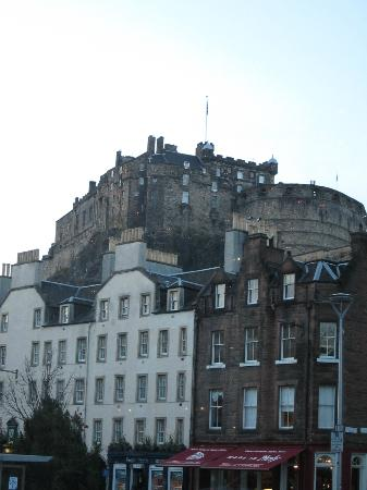 Apex City of Edinburgh Hotel: view from restaurant/bar