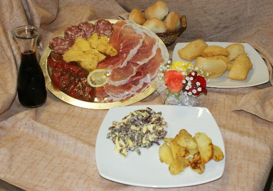 Pomponesco, Italien: Il nostro menù di focaccine.