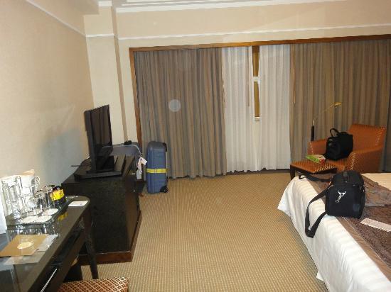 Howard Johnson Ginwa Plaza Hotel Xian: Zimmer