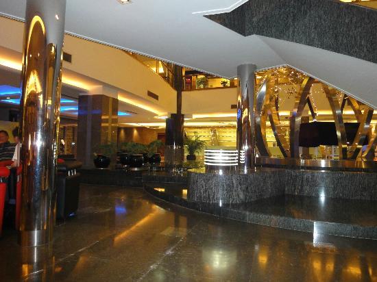 Howard Johnson Ginwa Plaza Hotel Xian: Lobby