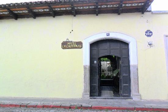 Hotel La Catedral-facade