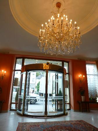 بريستول هوتل سالزبرج: Main Entrance 
