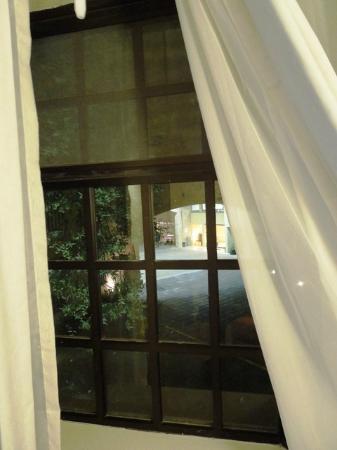 Fiesta Inn San Cristobal de las Casas: vista cortile e reception...