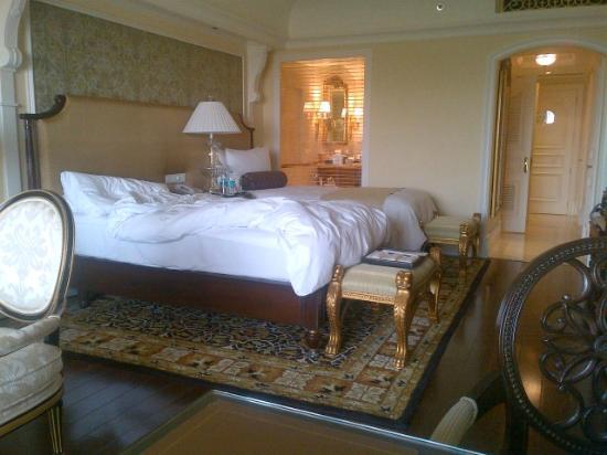 The Leela Palace Bengaluru: les chambres également, sont toutes dans le même style