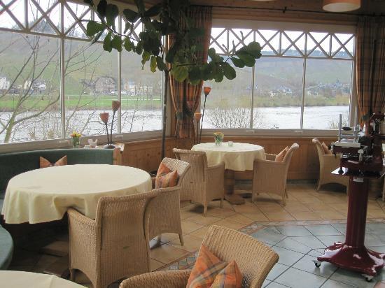 Hotel Weisser Baer: der schönste Teil des Speiseraums