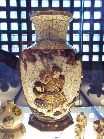 Museums of the Far East: In the Jap.Tower 3
