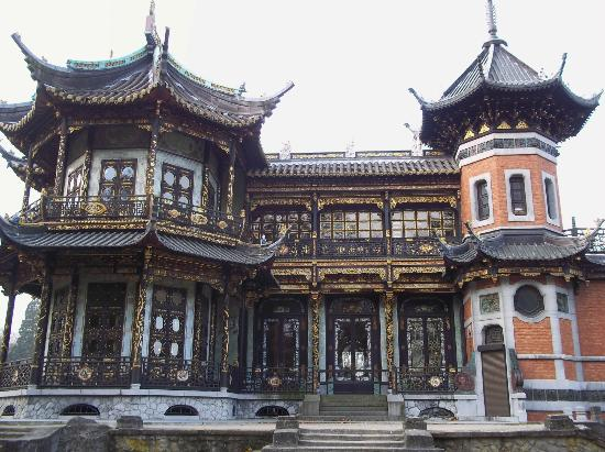 Museums of the Far East: Chinese Tower
