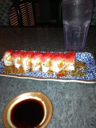 Ichiban Japenese Restaurant: Dragon Roll nom nom nom
