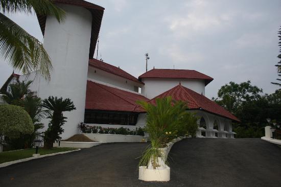 The Gateway Hotel Janardhanapuram Varkala: Hotel Exterior