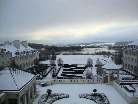 Vienna House Dream Castle Paris: Sotto la neve