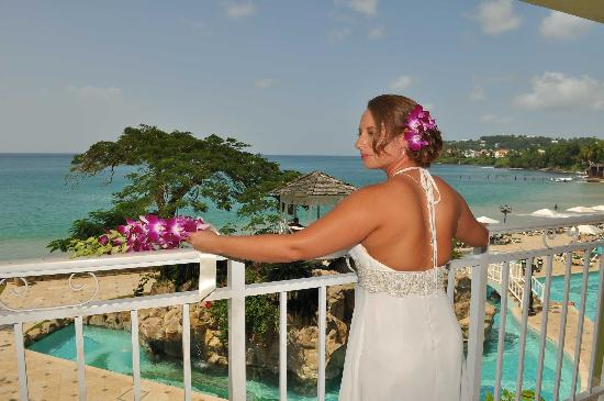 Sandals Regency La Toc Golf Resort and Spa: My beautiful bride and the view from our room