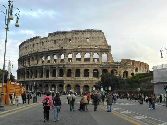 At Home Townhouse - Filiberto: Colosseum