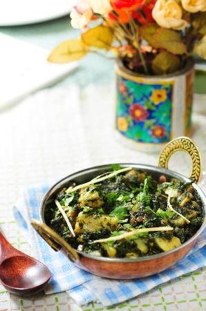 Mirch Masala Indian Restaurant: murgh malai
