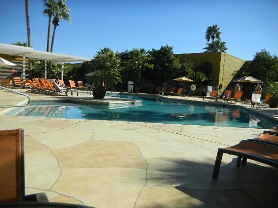 Doubletree by Hilton Tucson - Reid Park: POOL