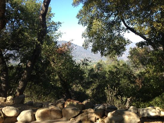 Ojai Retreat: View from Oak Room's front door
